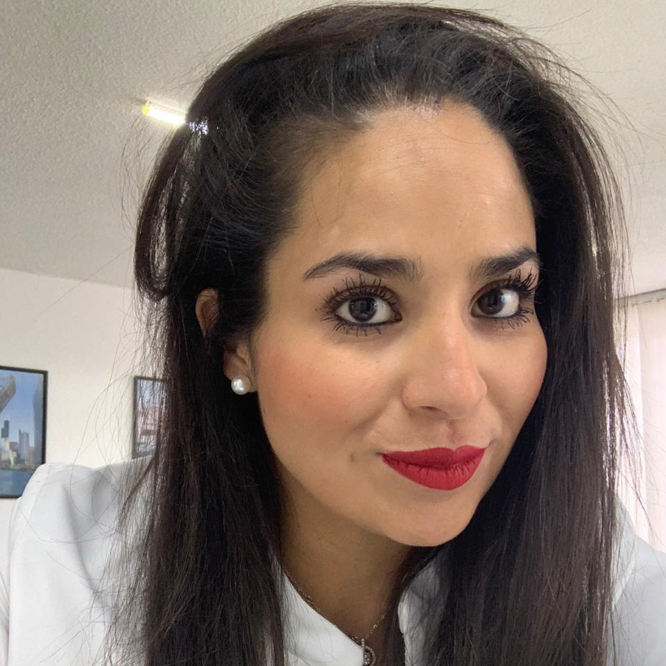 Dra. Rosalba Almanza